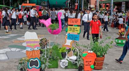 Colegio Pablo Correa León promueve el emprendimiento