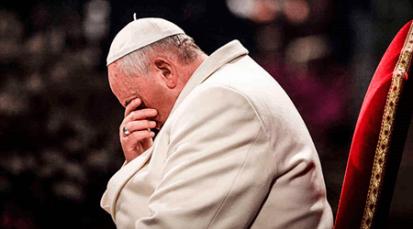 Papa Francisco pide rezar el Rosario por la paz durante el mes de mayo