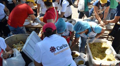"""Diócesis de Cúcuta celebró la Navidad en la Casa de Paso """"Divina Providencia"""" con 5.000 venezolanos"""