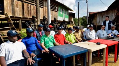 """Duque pide al Eln """"seguir trabajando por la paz"""", luego de las liberaciones en el Chocó"""