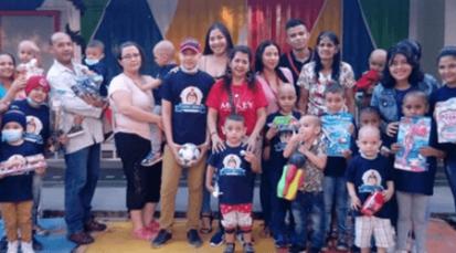 Estudiantes de la UFPS entregan regalos a niños vulnerables